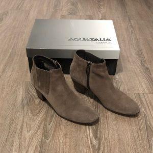 Aquatalia